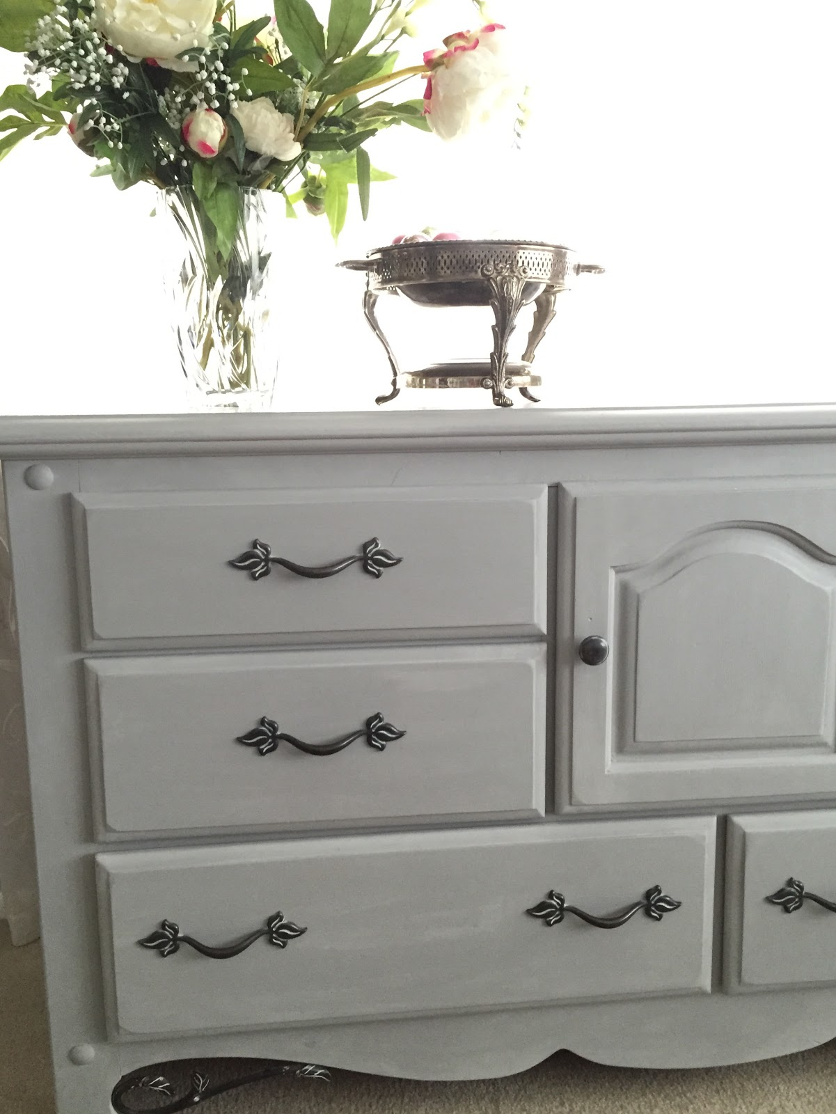 How To Chalk Paint A Dresser With Annie Sloan Paris Grey Karin S