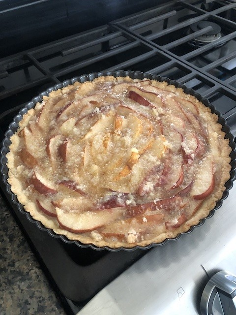 Fresh Pear tart complete